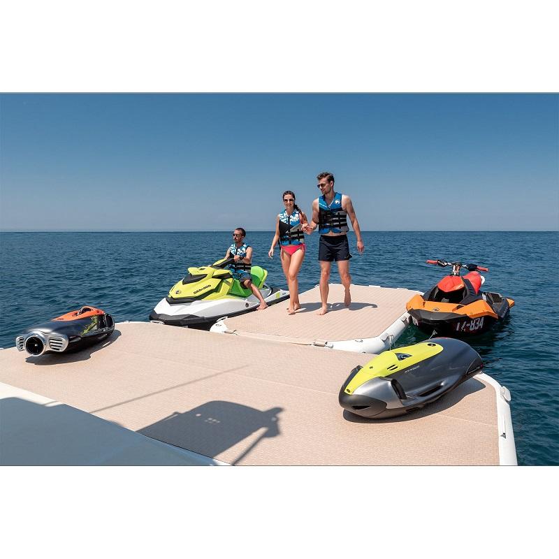 YB-4.1-Premium-Champagne-Gloss-Jetski-Dock-couple-walking_5