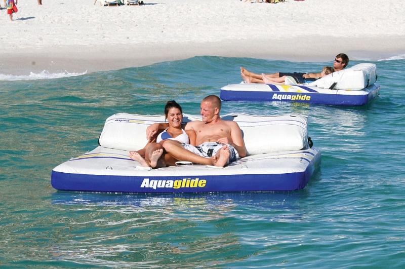 aquaglide-airport-lounge