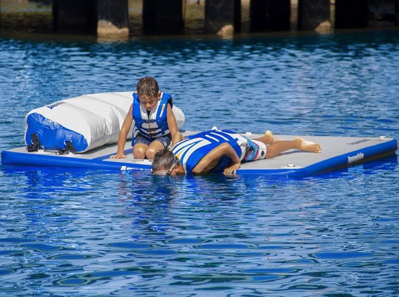 aquaglide-sundeck-snorkeling